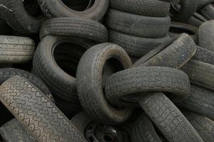Hertz ще рециклира всичките си употребени гуми