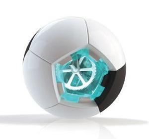 Футболна топка генерира енергия от играта