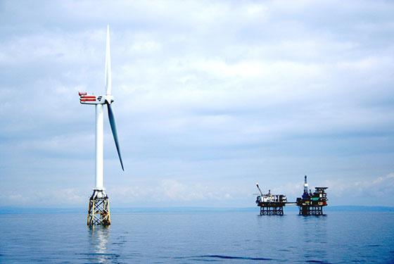 Старите петролни платформи в Северно море може да се използват за съхранение на енергия от вятъра