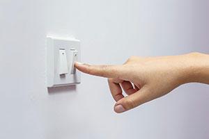 Как да намалите сметките си за ток през лятото?